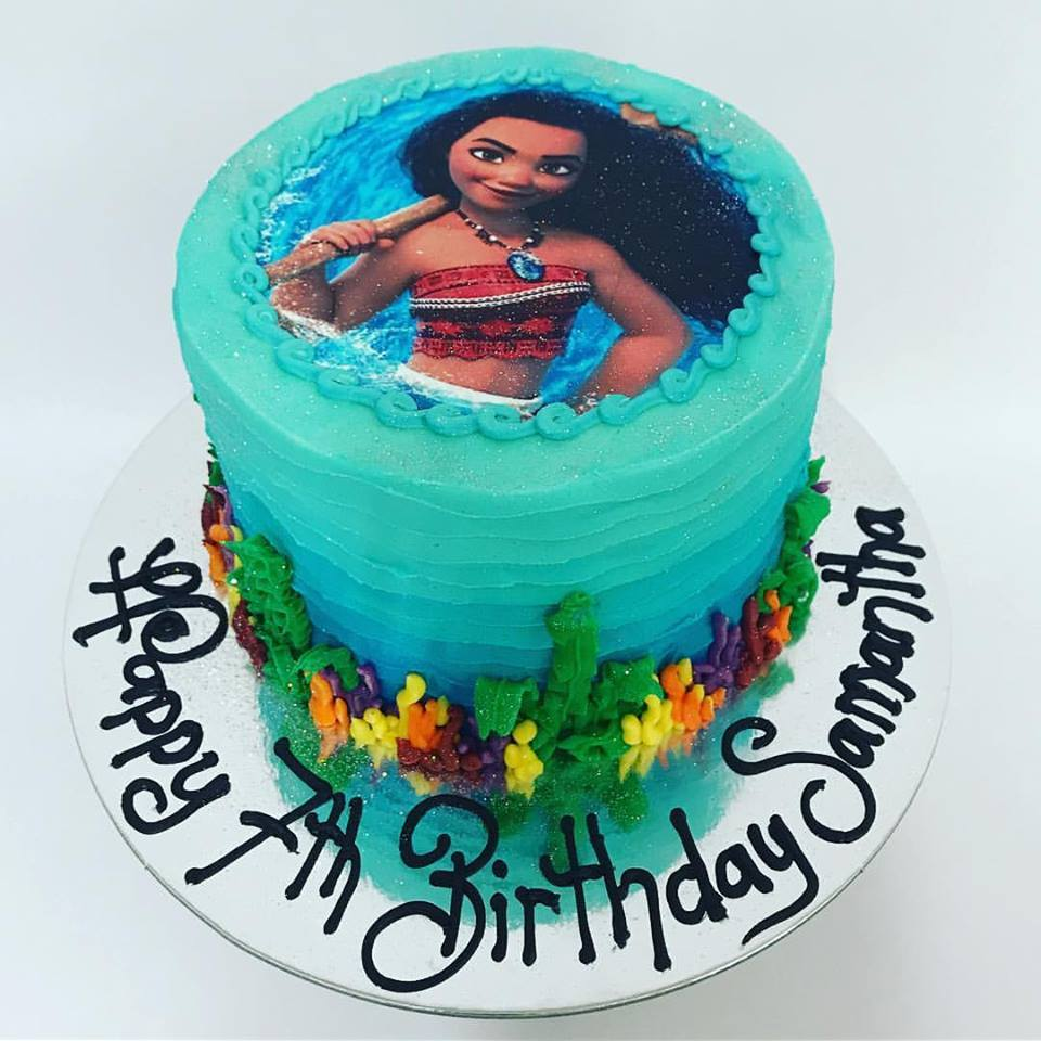 Moana Themed Cake With Edible Image The Girl On The Swing