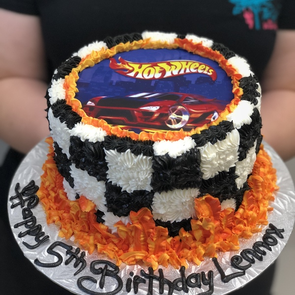 Hot Wheels Edible Image with Racing Flag Piping