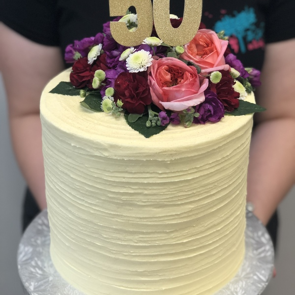 Cream Ribbed with Fresh Flowers and Toppers