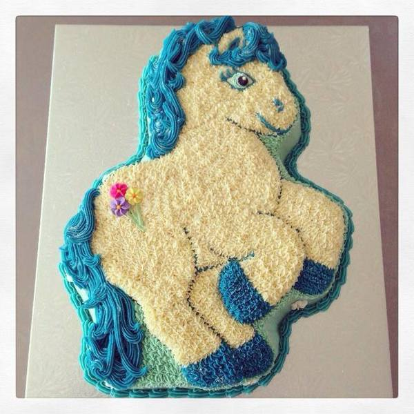 My Little Pony Blue and White Cake