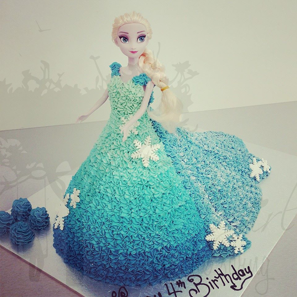 Elsa Cake with Carved Train