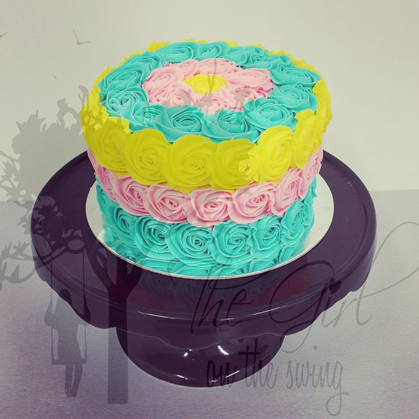 Three Colour Roses Cake