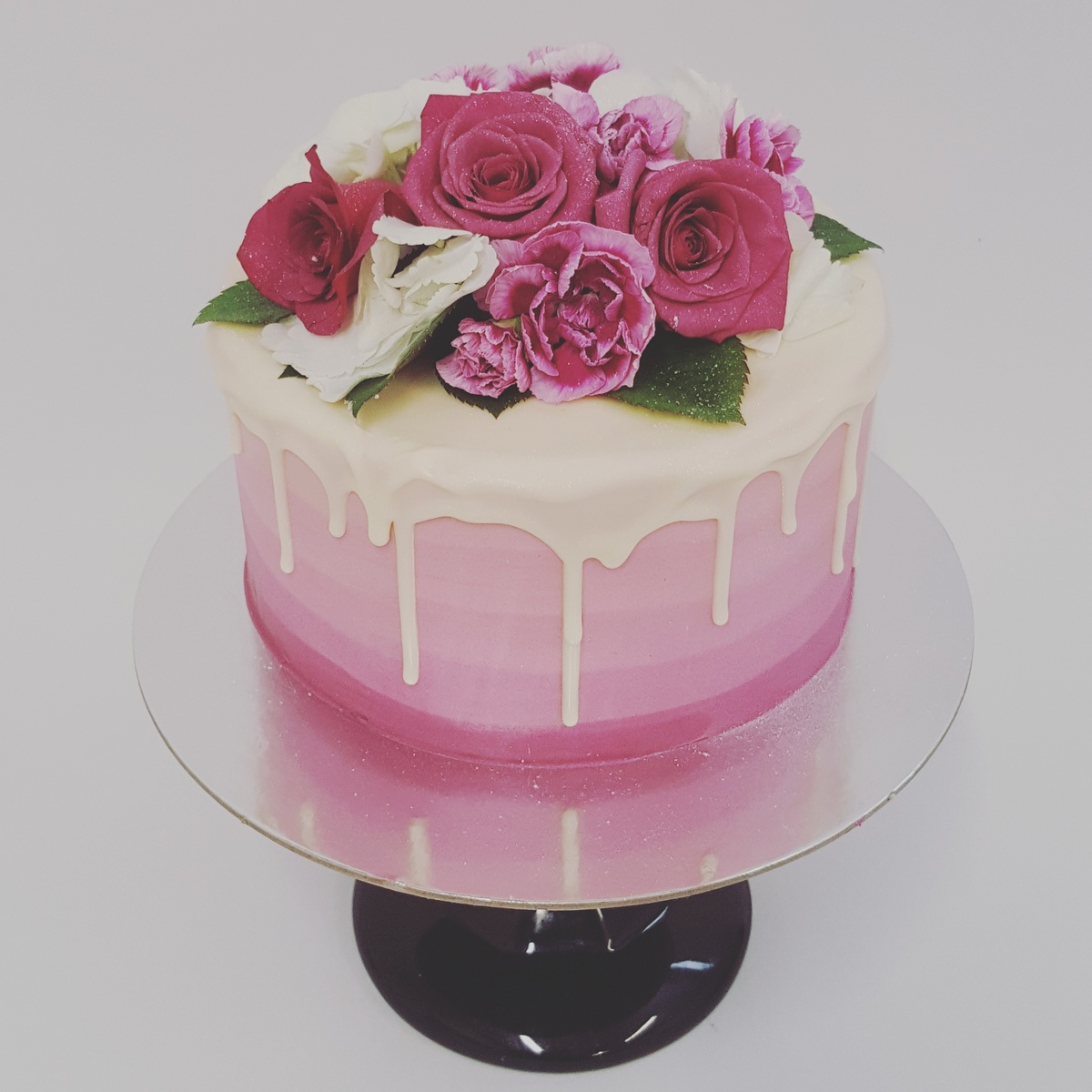Pink Ombre With White Chocolate Drip And Fresh Flowers