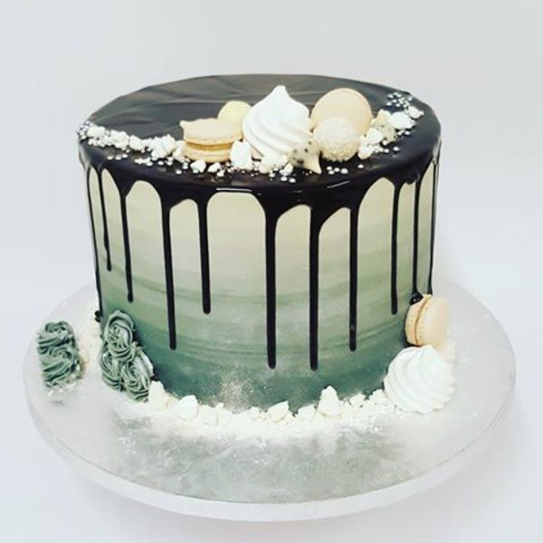 Smooth Silver with Chocolate Drip and Toppings