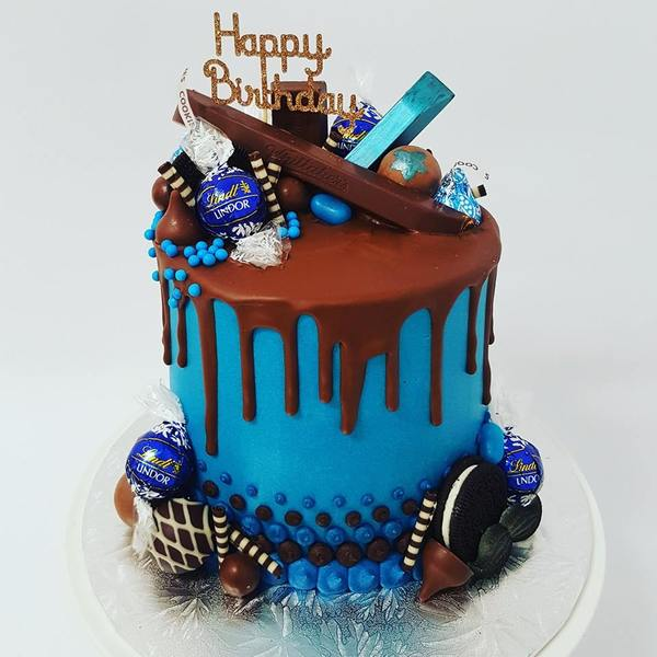 Blue Overload with Chocolate Toppings
