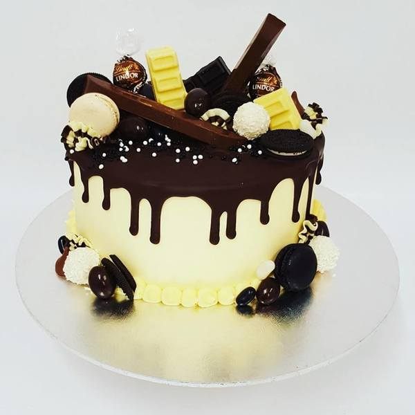 Cream and Dark Chocolate Overload
