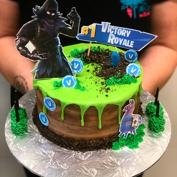 Fortnite Themed Drip Cake (customer supplied toppers)