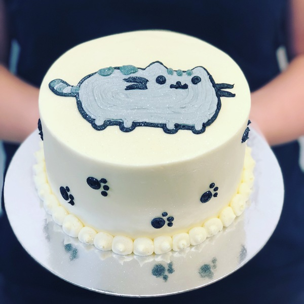 Pusheen Cat Cake