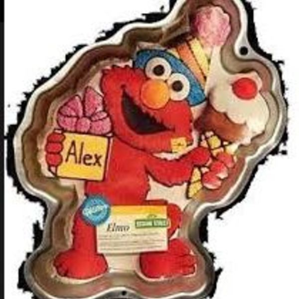 Elmo Full Body Tin