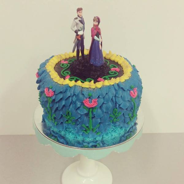 Anna and Hans Cake