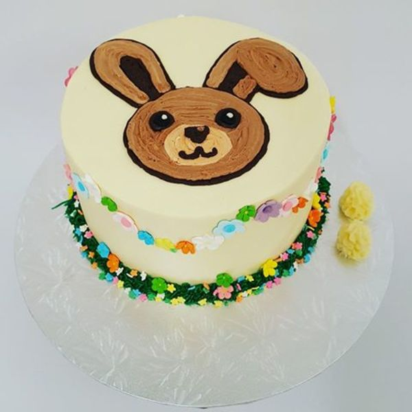 Bunny Cake with Flower Bunting